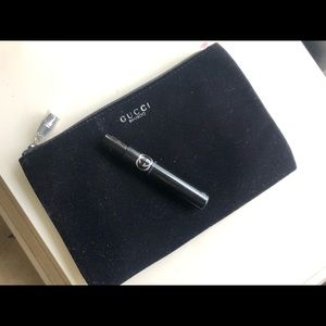 Gucci Guilty roll-on, w Velvet Bamboo Case clutch